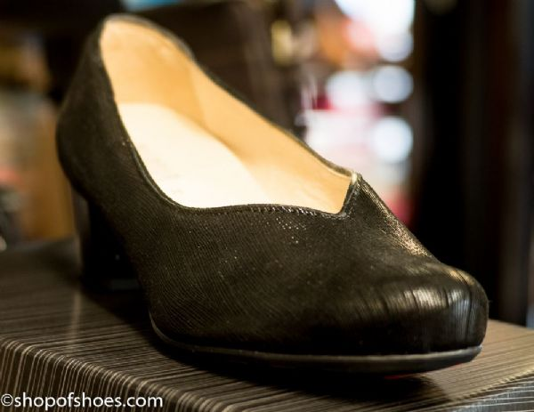 Alpina Nena elegant textured leather wider H fit black court shoe.
